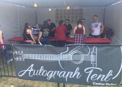 autograph tent